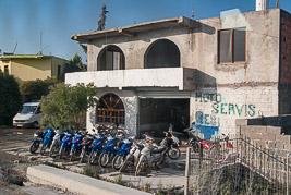 Albania - Gjirokastra - sierpieñ 2014